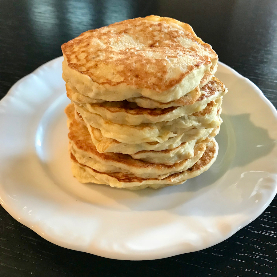 Keto Low Carb Pancakes With Almond Flour Coconut Flour Paleo Gluten Free Sugar Free Healthy Fit Fab Moms
